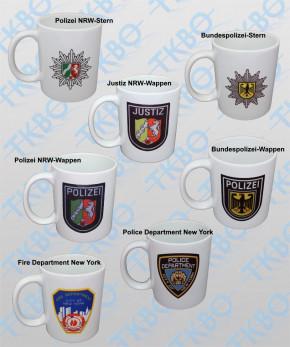 Tasse mit diversen Aufdrucken